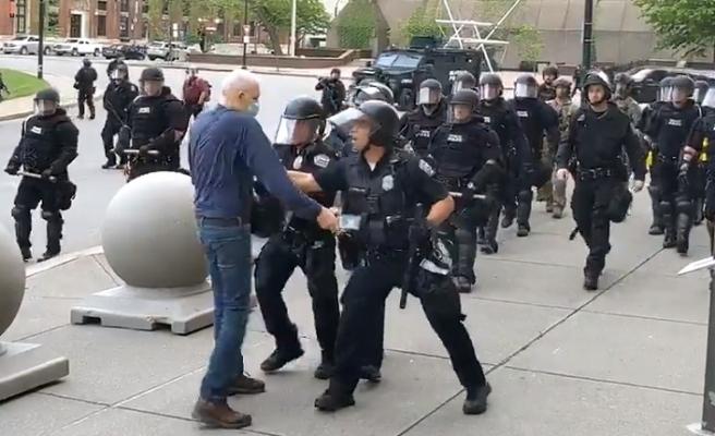 ABD'de polis şiddeti devam ediyor